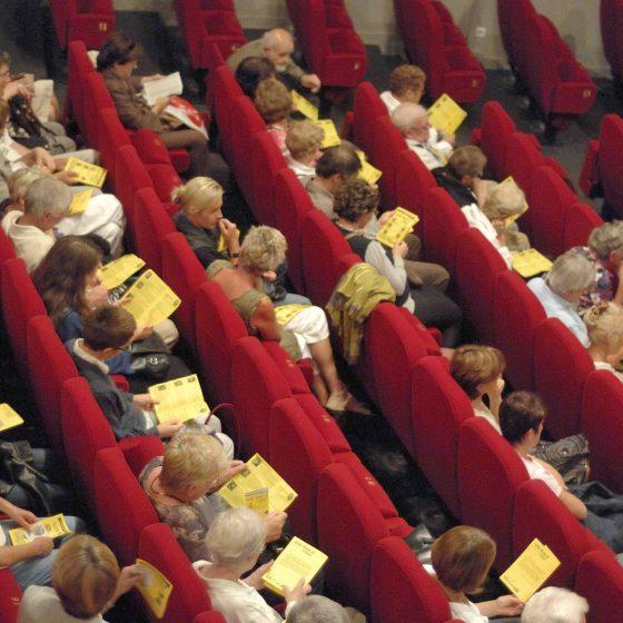 Theatre-des-Jacobins-2