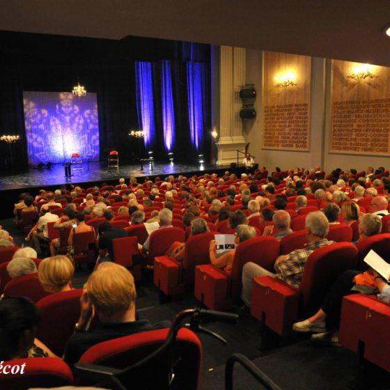 Theatre-des-Jacobins-4